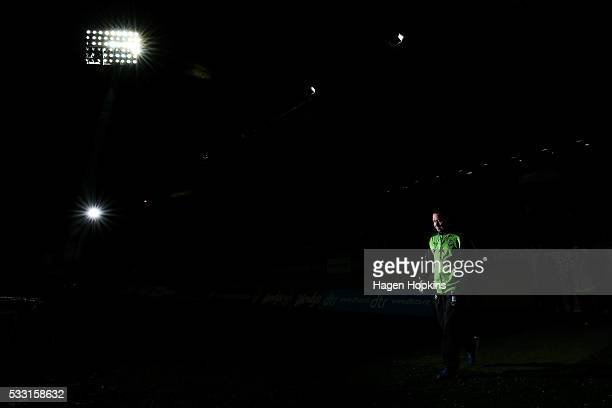 Coach Ricky Stuart of the Raiders during the round 11 NRL match between the New Zealand Warriors and the Canberra Raiders at Yarrow Stadium on May 21...