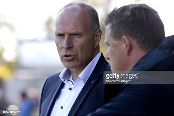 coach Robert Molenaar of Roda JC during the Dutch Keuken Kampioen Divisie match between Go Ahead Eagles v Roda JC at the De Adelaarshorst on October...