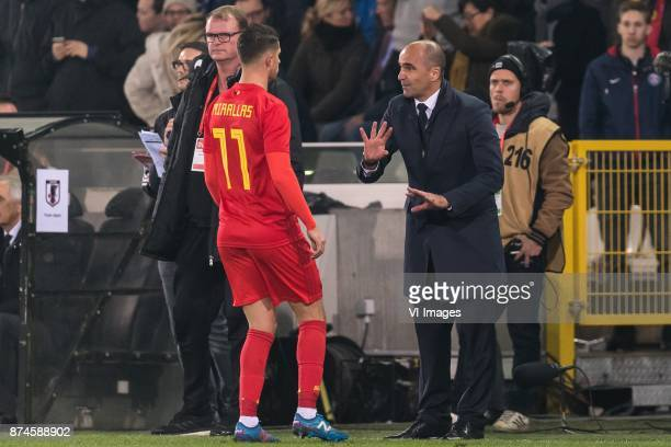 coach Roberto Martinez of Belgium give instructions to Kevin Mirallas of Belgium during the friendly match between Belgium and Japan on November 14...