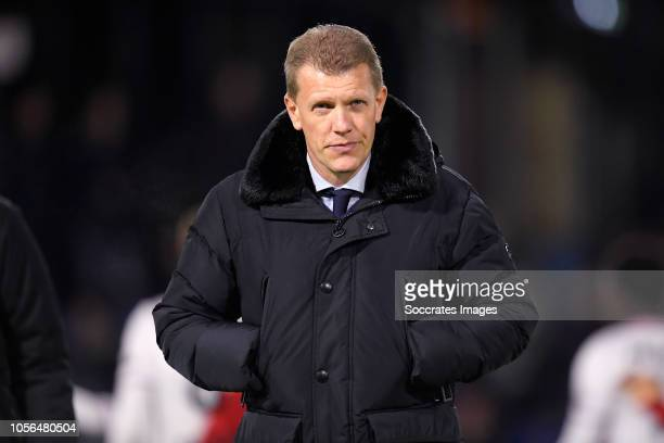 coach Robin Pronk of FC Utrecht U23 during the Dutch Keuken Kampioen Divisie match between Utrecht U23 v Roda JC at the Sportpark Zoudenbalch on...