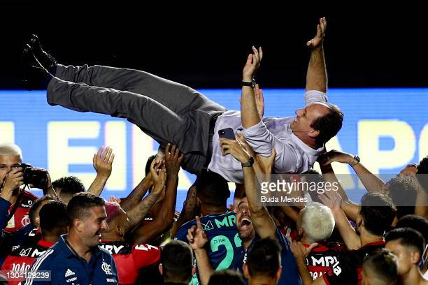 Coach Rogerio Ceni of Flamengo celebrates the championship despite the defeat in the match between Sao Paulo and Flamengo as part of 2020 Brasileirao...