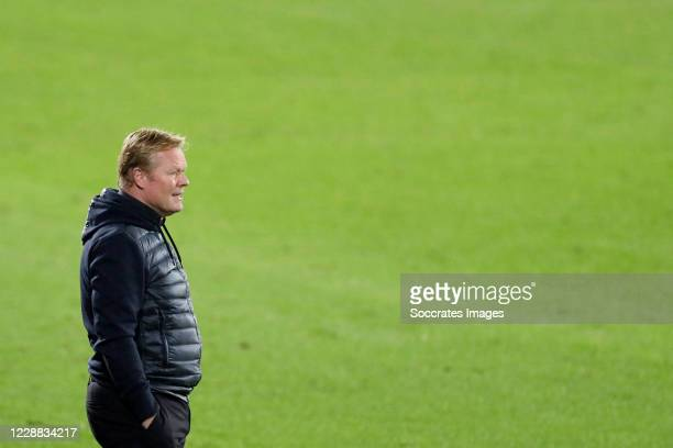 Coach Ronald Koeman of FC Barcelona during the La Liga Santander match between Celta de Vigo v FC Barcelona at the Estadio de Balaidos on October 1...