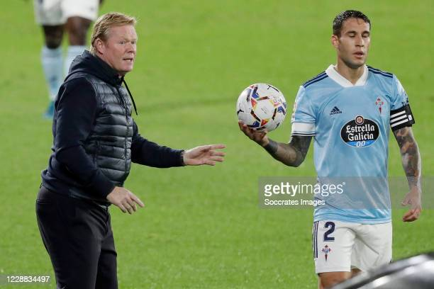Coach Ronald Koeman of FC Barcelona Hugo Mallo of Celta de Vigo during the La Liga Santander match between Celta de Vigo v FC Barcelona at the...