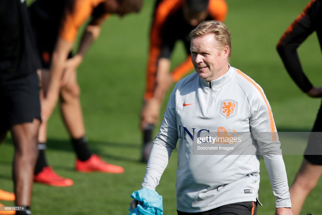 coach Ronald Koeman of Holland during the Training Holland at the KNVB Campus on May 16, 2018 in Zeist Netherlands
