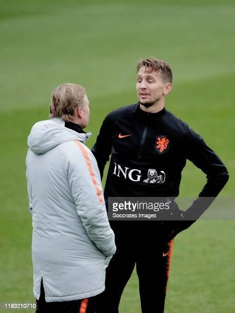 coach Ronald Koeman of Holland Luuk de Jong of Holland during the Training MenTraining Holland at the KNVB Campus on November 18 2019 in Zeist...