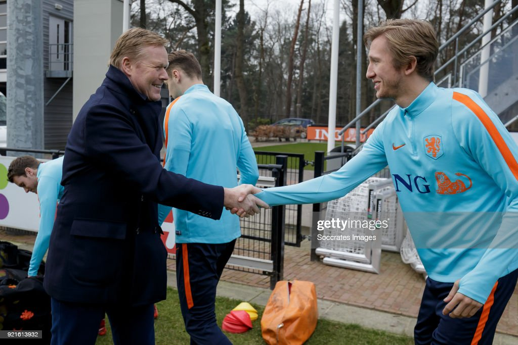 coach Ronald Koeman of Holland, Michel Vlap of Holland U21 during the Training Holland U21 at the KNVB Campus on February 19, 2018 in Zeist Netherlands