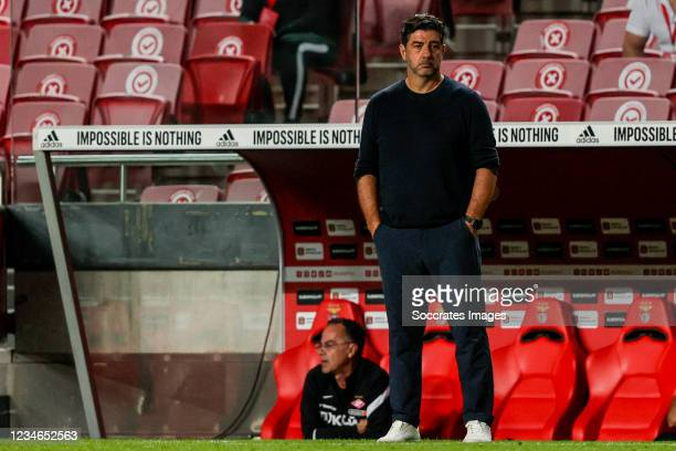 Coach Rui Vitoria of FC Spartak Moskva during the UEFA Champions League match between Benfica v Spartak Moscow at the Estadio do SL Benfica on August...