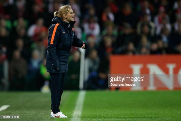 coach Sarina Wiegman of Holland Women during the World Cup Qualifier Women match between Holland v Norway at the Noordlease stadium on October 24...