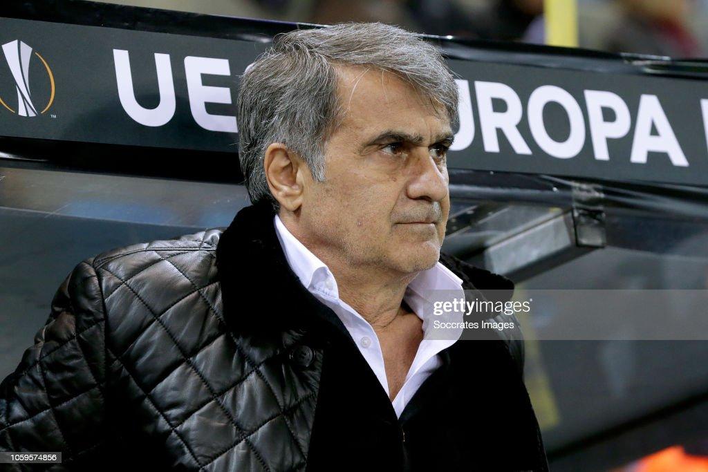 Genk v Besiktas - UEFA Europa League : ニュース写真