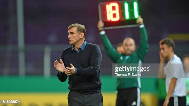 Coach Stefan Kuntz of Germany applauds his players during the UEFA Euro 2019 Qualifier match between Germany U21 and Kosovo U21 at Osnatel Arena on...