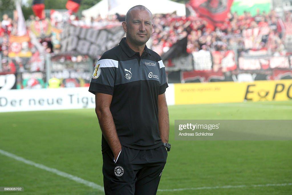 Coach Thomas Fichtner of SC Hauenstein during the DFB Cup match between SC Hauenstein and Bayer 04 Leverkusen at Stadium Husterhoehe on August 19, 2016 in Pirmasens, Germany.
