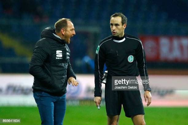 Coach Torsten Lieberknecht of Braunschweig and Referee Patrick Alt during the Second Bundesliga match between Eintracht Braunschweig and Fortuna...