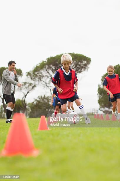 Trainer Ausbildung Kinder-soccer team