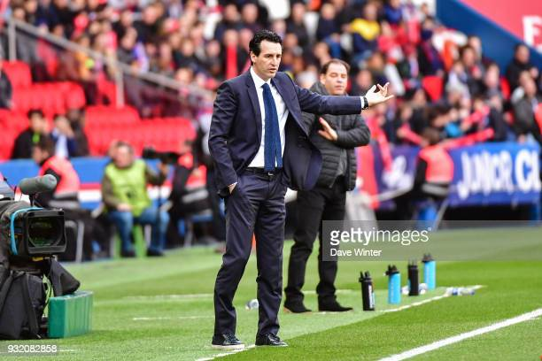 PSG coach Unai Emery and Angers coach Stephane Moulin during the Ligue 1 match between Paris Saint Germain and Angers SCO on March 14 2018 in Paris...