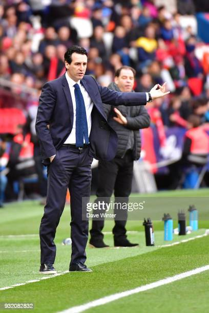 PSG coach Unai Emery during the Ligue 1 match between Paris Saint Germain and Angers SCO on March 14 2018 in Paris France