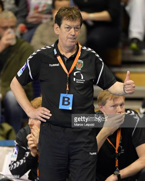 Coach Velimir Petkovic of Fuechse Berlin during the EHF Cup match between Fuechse Berlin and the FC Porto at MaxSchmelingHalle on November 23 2017 in...