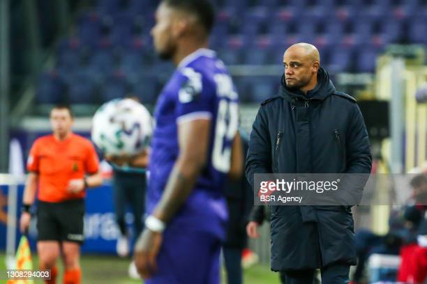Coach Vincent Kompany of RSC Anderlecht during the Pro League match between Anderlecht and Zulte Waregem at Lotto park on March 21, 2021 in Brussel,...