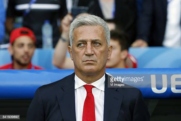 coach Vladimir Petkovic of Switzerland during the UEFA EURO 2016 Group A group stage match between Switzerland and France at the Stade PierreMauroy...