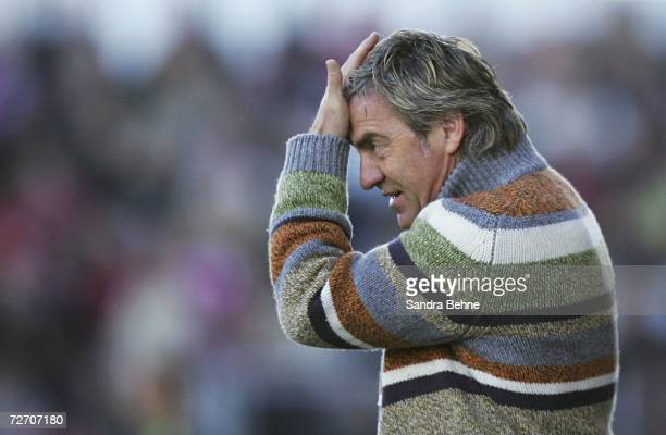 Coach Walter Schachner of 1860 Munich looks on during the Second Bundesliga match between Spvgg Unterhaching and 1860 Munich at the Generali...