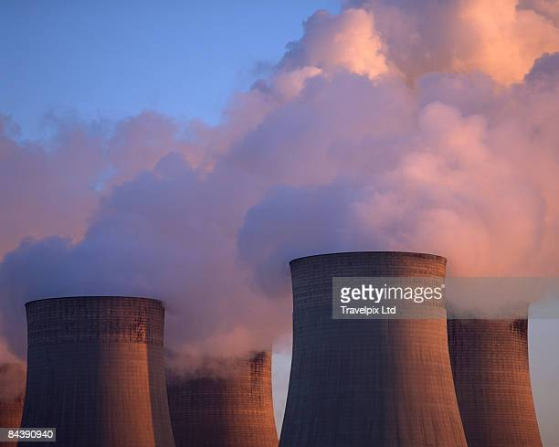 coal fired power station, ratcliffe on soar nottin - coal fired power station stock pictures, royalty-free photos & images
