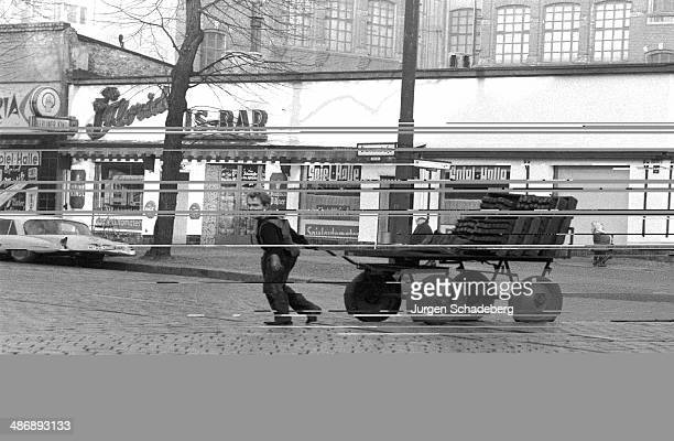 A coal merchant on the Brunnenstrasse in Berlin 1961