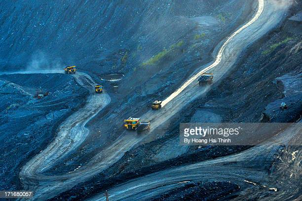 coal mine cocsau - coal mining stock photos and pictures