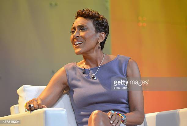 Coanchor Good Morning America Robin Roberts speaks during a conversation with New York Times bestselling author The Shift Tory Johnson at 2014...