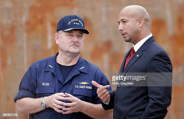 S Coast Guard Vice Admiral Thad Allen talks with New Orleans Mayor Ray Nagin during a visit by Prince Charles of Wales and his wife Camilla to the...