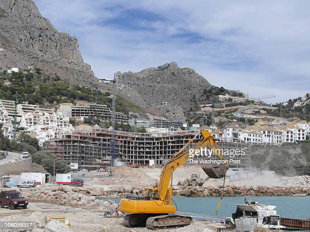coast2 INPUTDATE 120717780 CREDIT John Ward Anderson/STAFF/TWP valencia spain Development in Altea where new apartment buildings are leapfrogging...