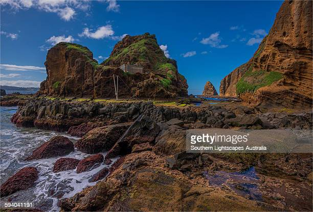 coastal cliffs on phillip island - phillip island stock pictures, royalty-free photos & images