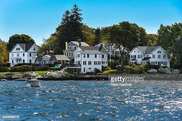 coastal new england town of new castle - new hampshire stock pictures, royalty-free photos & images