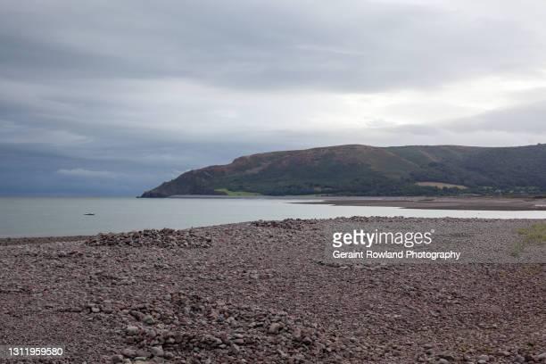 coastal scenes, south west england - ポーロック ストックフォトと画像