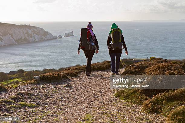 coastal walk - isle of wight stock pictures, royalty-free photos & images