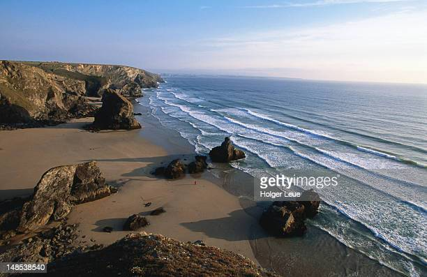 coastline, bedruthan steps. - newquay stock pictures, royalty-free photos & images