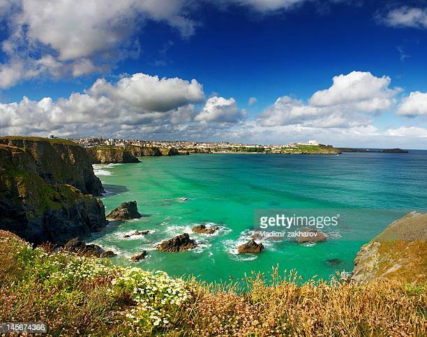 coastline, newquay  cornwall - newquay stock pictures, royalty-free photos & images