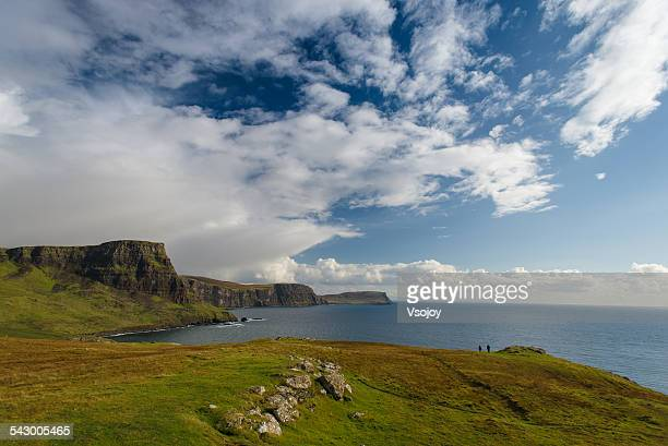coastline of neist point, skye - vsojoy stock pictures, royalty-free photos & images