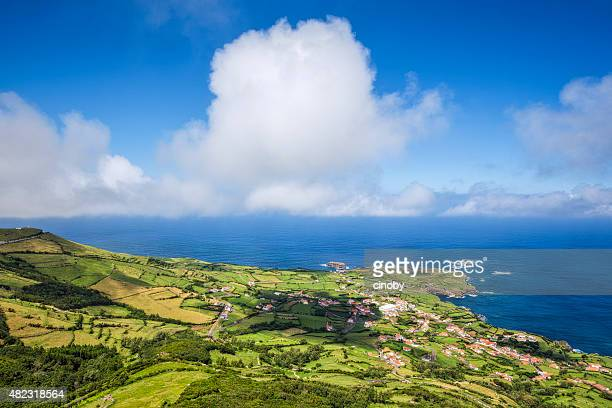 litoral de ponta delgada das flores-azores - azores fotografías e imágenes de stock
