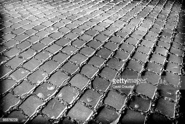 cobbles - crausby stock pictures, royalty-free photos & images
