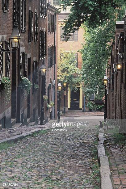cobblestone alley - acorn street boston stock pictures, royalty-free photos & images