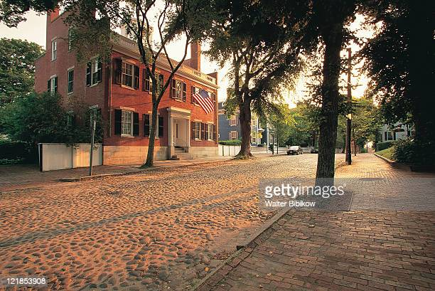 cobblestone street, nantucket, ma - nantucket stock pictures, royalty-free photos & images