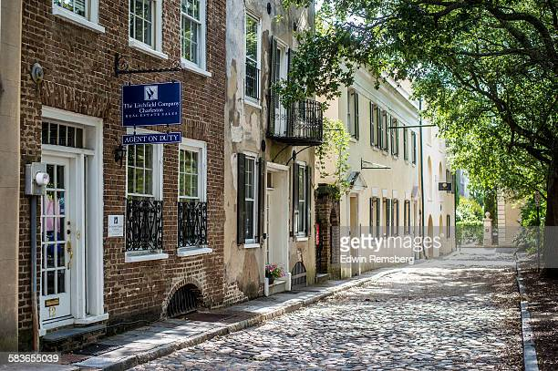 cobblestone street - south carolina stock pictures, royalty-free photos & images