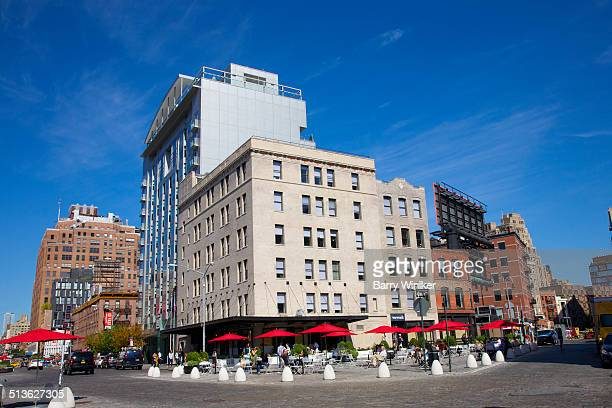 cobblestones below outdoor nyc cafe - thoroughfare stock photos and pictures