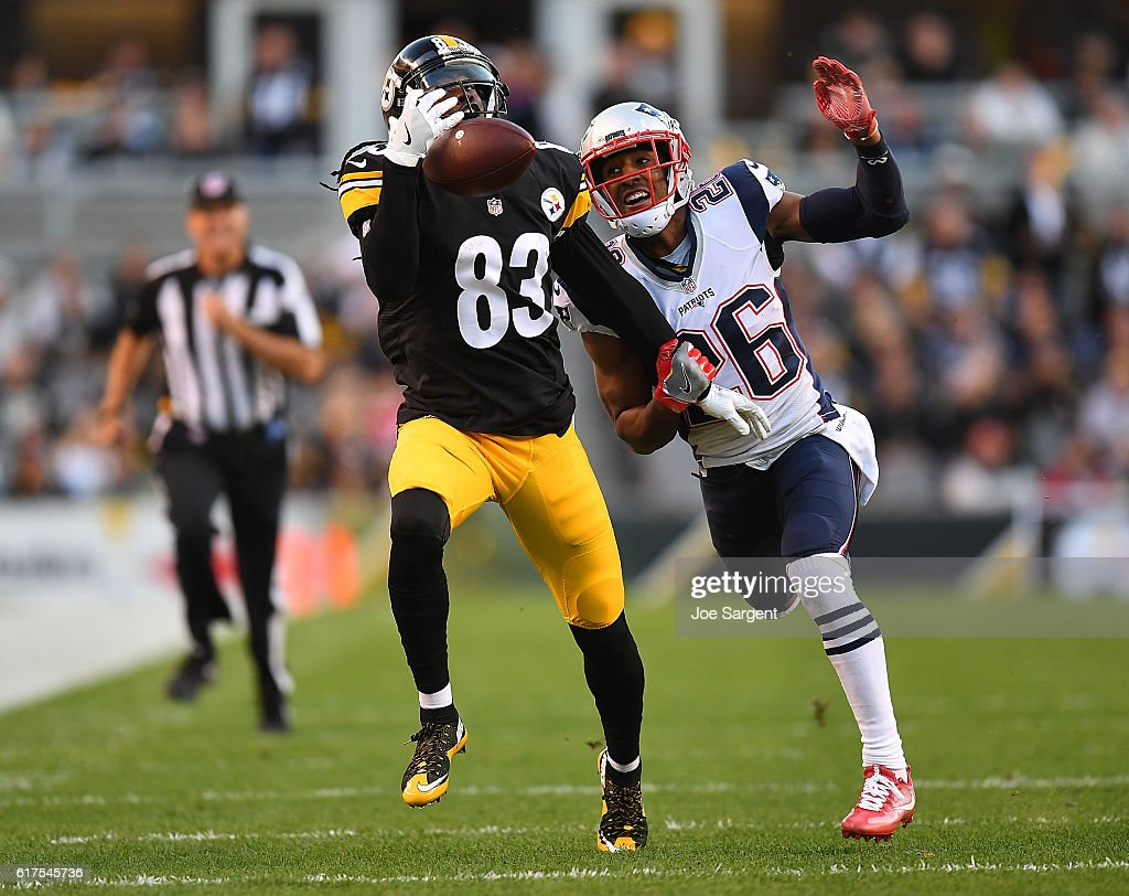 New England Patriots v Pittsburgh Steelers : News Photo