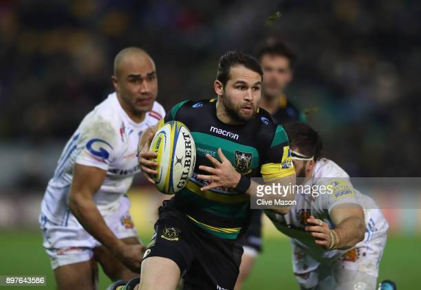 Cobus Reinach of Northampton Saints breaks through to score a try during the Aviva Premiership match between Northampton Saints and Exeter Chiefs at...