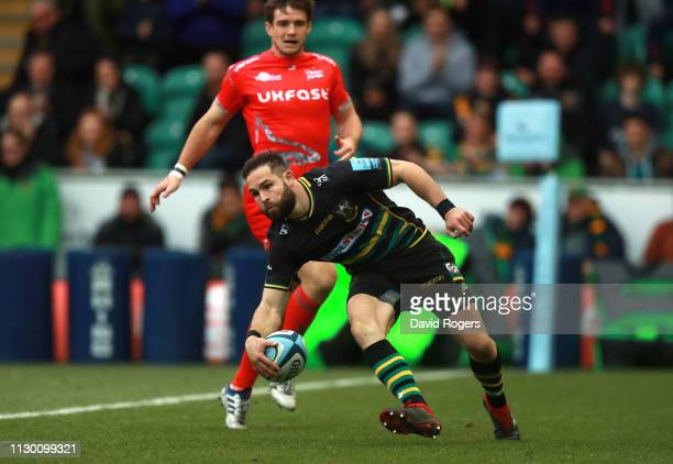 Cobus Reinach of Northampton Saints scores his second try during the Gallagher Premiership Rugby match between Northampton Saints and Sale Sharks at...