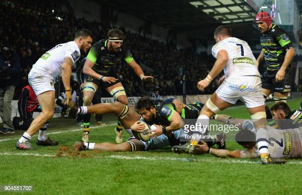 Cobus Reinach of Northampton Saints scoring a tryduring the European Rugby Champions Cup match between Northampton Saints and ASM Clermont Auvergne...