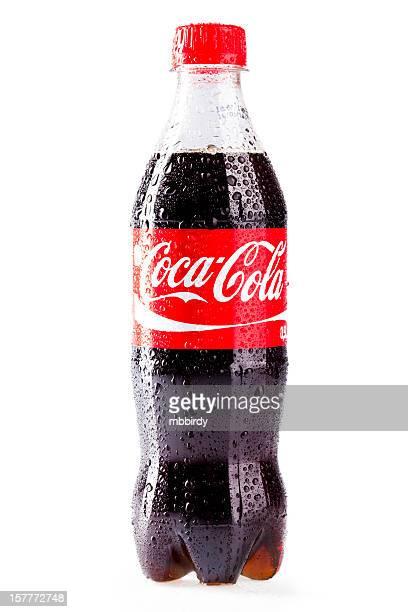Coca -Cola (コカコーラ)プラスチックボトルで分離白背景