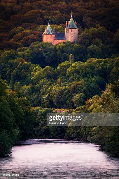 CONTENT] Coch Castle from the footbridge Tongwynlais
