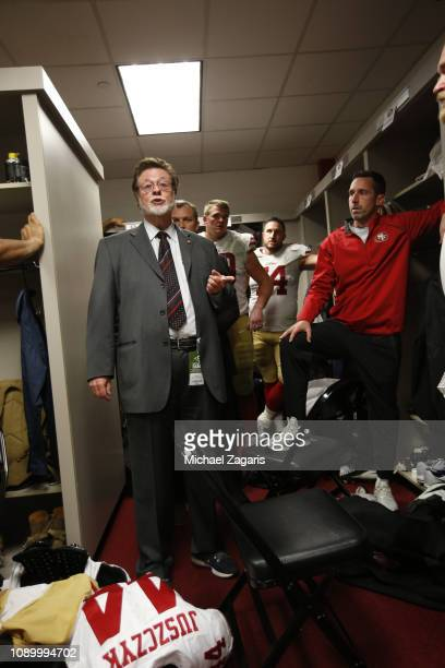 CoChairman John York of the San Francisco 49ers addresses the team in the locker room following the game against the Los Angeles Rams at the LA...