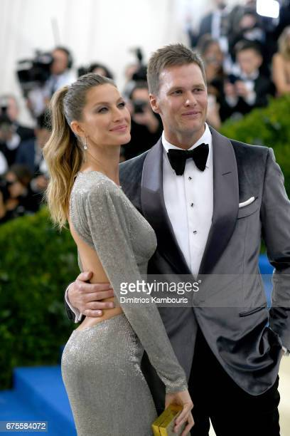 CoChairperson Gisele Bundchen and Tom Brady attend the Rei Kawakubo/Comme des Garcons Art Of The InBetween Costume Institute Gala at Metropolitan...